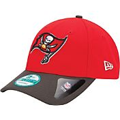 New Era Men's Tampa Bay Buccaneers League 9Forty Adjustable Red Hat